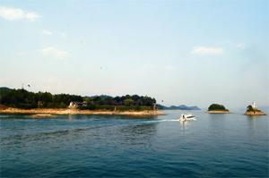 飛龍湖小島