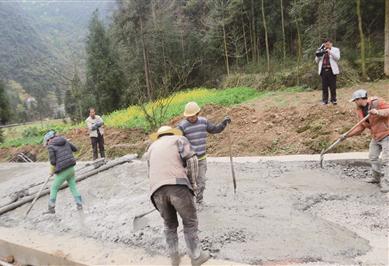 織金縣珠藏鎮預計修通20多公裏通村水泥路