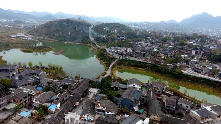 航拍中國歷史文化名鎮:貴陽青岩古鎮