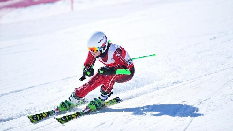 高山滑雪——全國高山滑雪青少年邀請賽閉幕