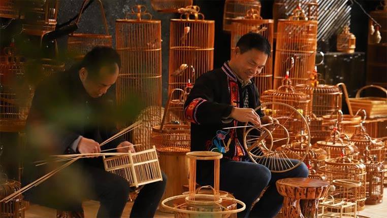 贵州丹寨:文化创意助推脱贫增收