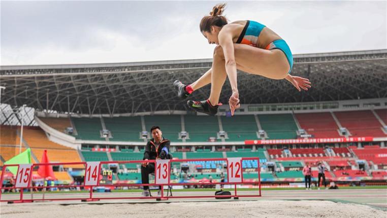全國田徑冠軍賽:女子三級跳遠賽況