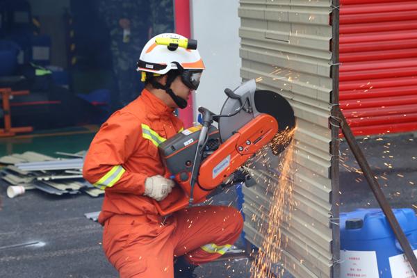 贵州铜仁消防举行2018年装备技能比武竞赛