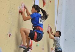 2018中國攀岩聯賽(貴州紫雲)女子速度決賽賽況