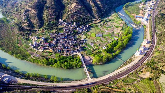 鎮遠:人居環境展新顏 美麗鄉村入畫來