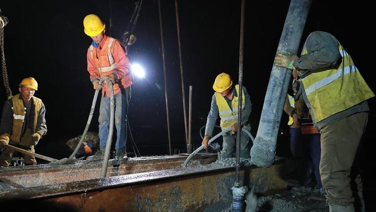 湖潮雙線特大橋建設進入衝刺階段