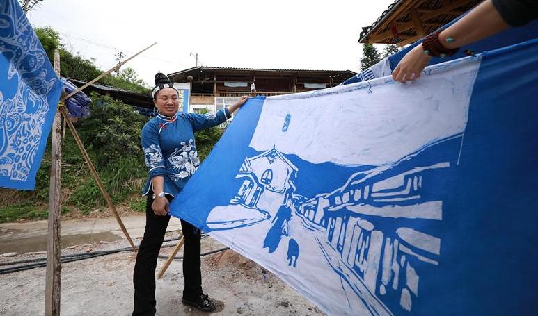 貴州丹寨:老技藝描繪新畫卷