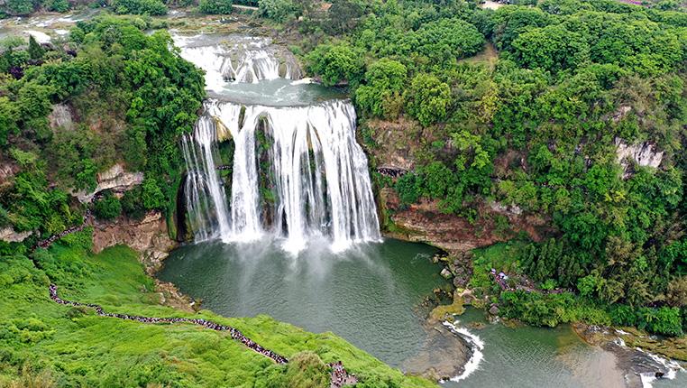 新華微視∣俯瞰亞洲第一大瀑布 貴州黃果樹瀑布