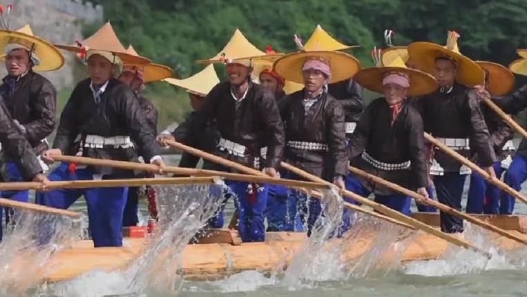 貴州臺江:歡度苗族獨木龍舟節