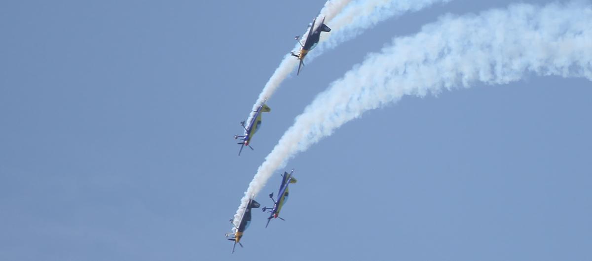 XA-42四機編隊表演