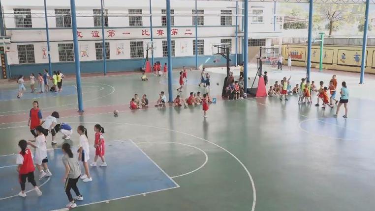 新華微視∣籃球為山區少年插上夢想的翅膀