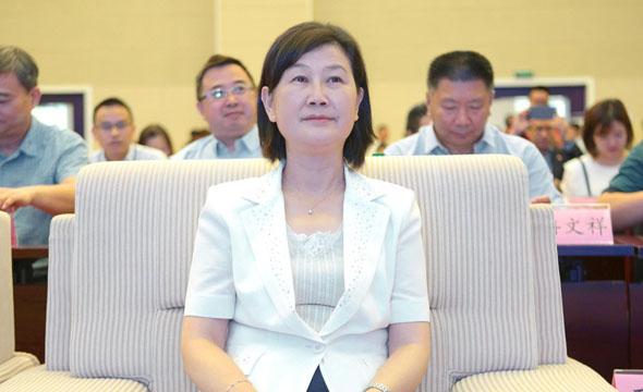 貴州省民族宗教事務委員會主任石松江出席品牌推介會