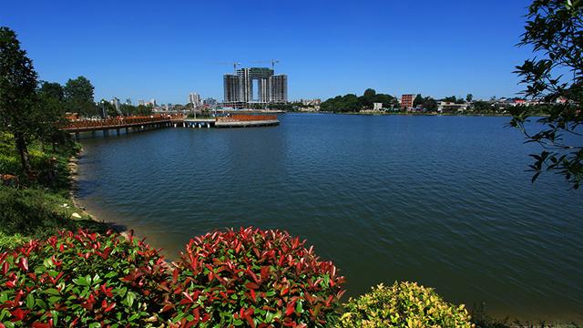 安順:讓文明成為虹山湖公園最靚麗的底色