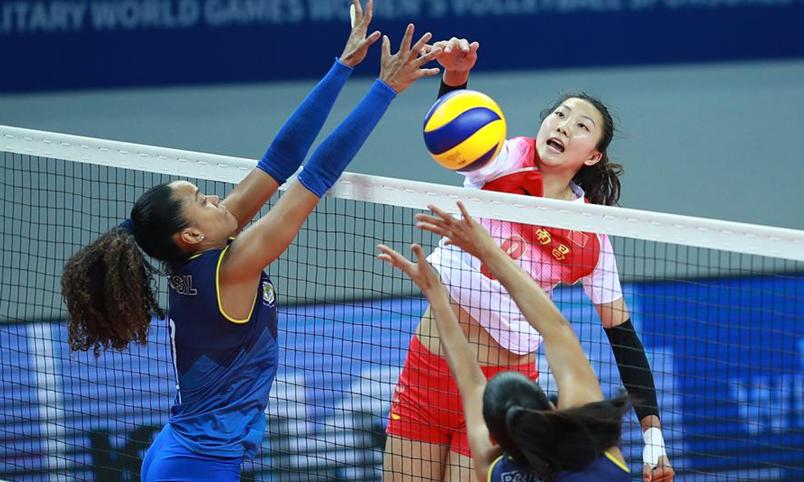 排球——女排小組賽:中國隊勝巴西隊