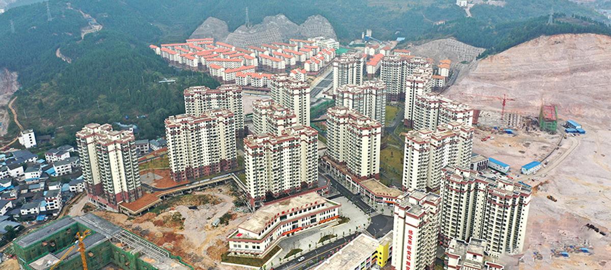 """貴州萬山:扶貧""""微工廠""""讓搬遷群眾就業不出小區"""