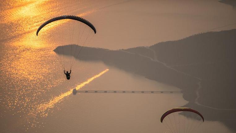 滑翔傘——2019翱翔貴州·國際滑翔傘邀請賽開幕