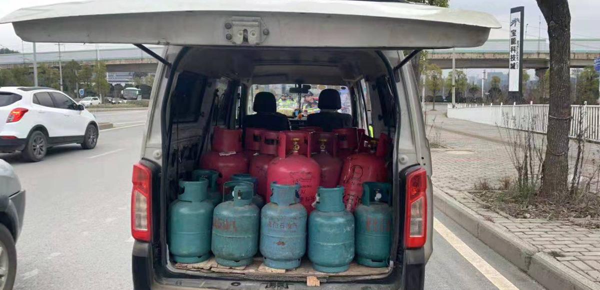 查處非法運輸液化石油氣車輛
