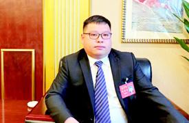 吳映環代表:看準市場選産業