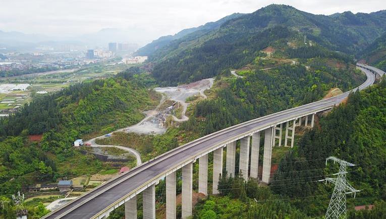 貴州劍榕高速公路建設有序推進
