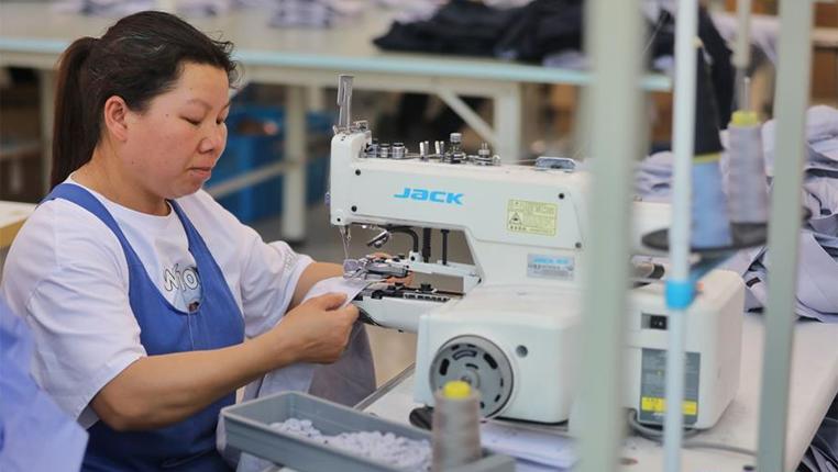 貴州惠水:扶貧車間全面復工復産