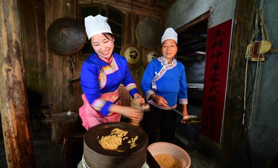 """貴州天柱:古法""""發豆腐""""助農增收"""