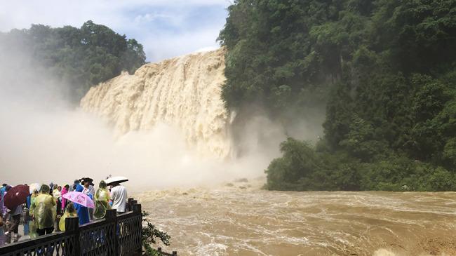 新華微視∣貴州黃果樹瀑布迎來今年入汛最大水量