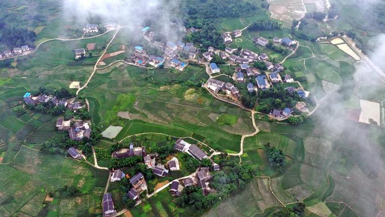 貴州綏陽:俯瞰柔美鄉村景致