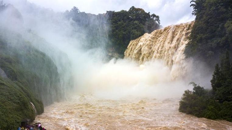 黃果樹瀑布:飛流直下 蔚為壯觀