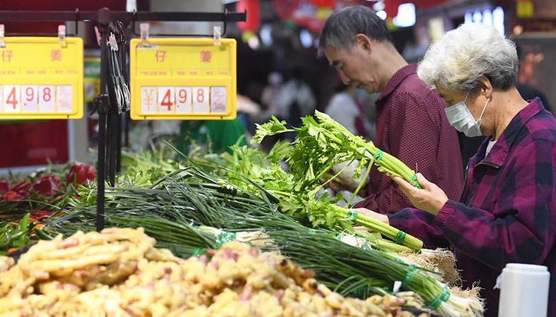 8月社會消費品零售總額同比增長0.5%
