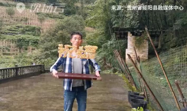 """""""玉米抖字哥"""":玉米抖字,祝福祖國!"""