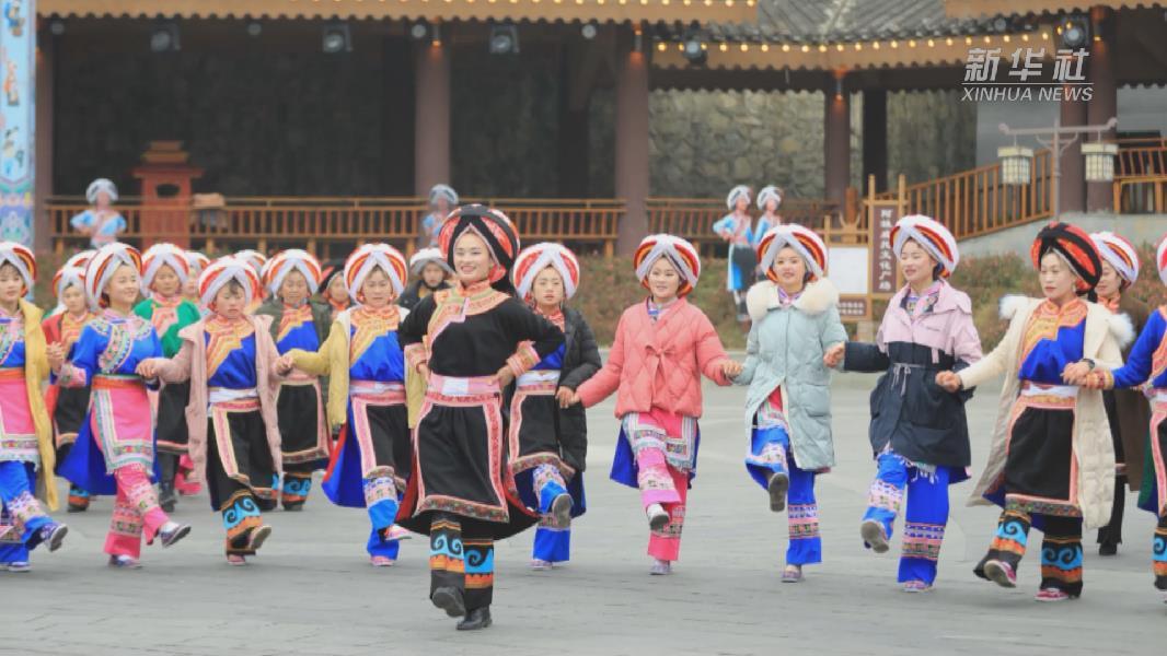 貴州晴隆:民族舞蹈迎新年