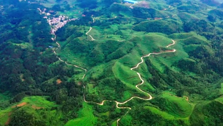 貴州六盤水六枝特區抵耳村《山水之色》