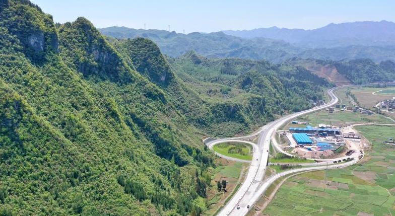 貴州:秀印高速加緊建設