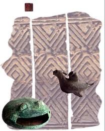 夜郎出土文物:銅蛙、銅鴿